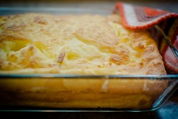 пирог с капустой в стеклянной форме для выпечки