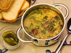 Суп с соленьями