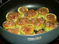 Как запечь кабачки с фаршем в духовке - рецепты приготовления
