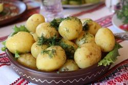 Картошка в рукаве запеченная в духовке - несколько рецептов
