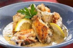 Курица в кефире в духовке - несколько рецептов приготовления