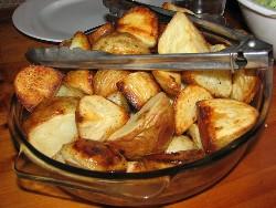 Картофель запеченный в духовке - пошаговые рецепты
